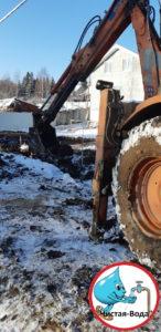 Копка траншеи под водопровод в Подольском районе и Подольске